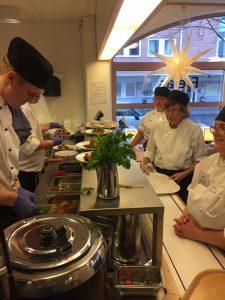 nobellunch_2016_serveringspersonal